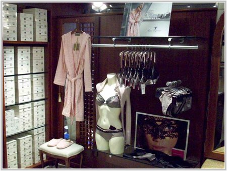 Interno boutique reparto donna ... Marzo 2015\\n\\n12/03/2015 19.39